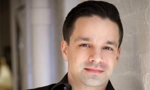 Felipe Daguila, Global Executive